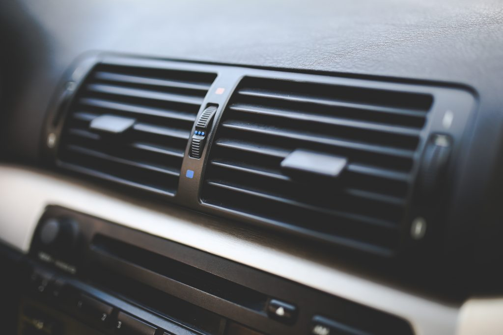kaboompics-com_car-interior-air-conditioner